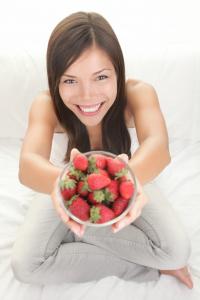 lowest sugar fruits