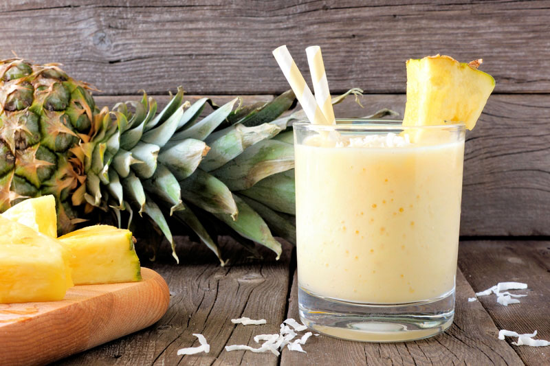 pineapple turmeric smoothie
